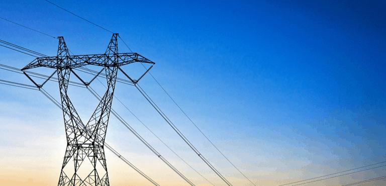 Poste de electricidad